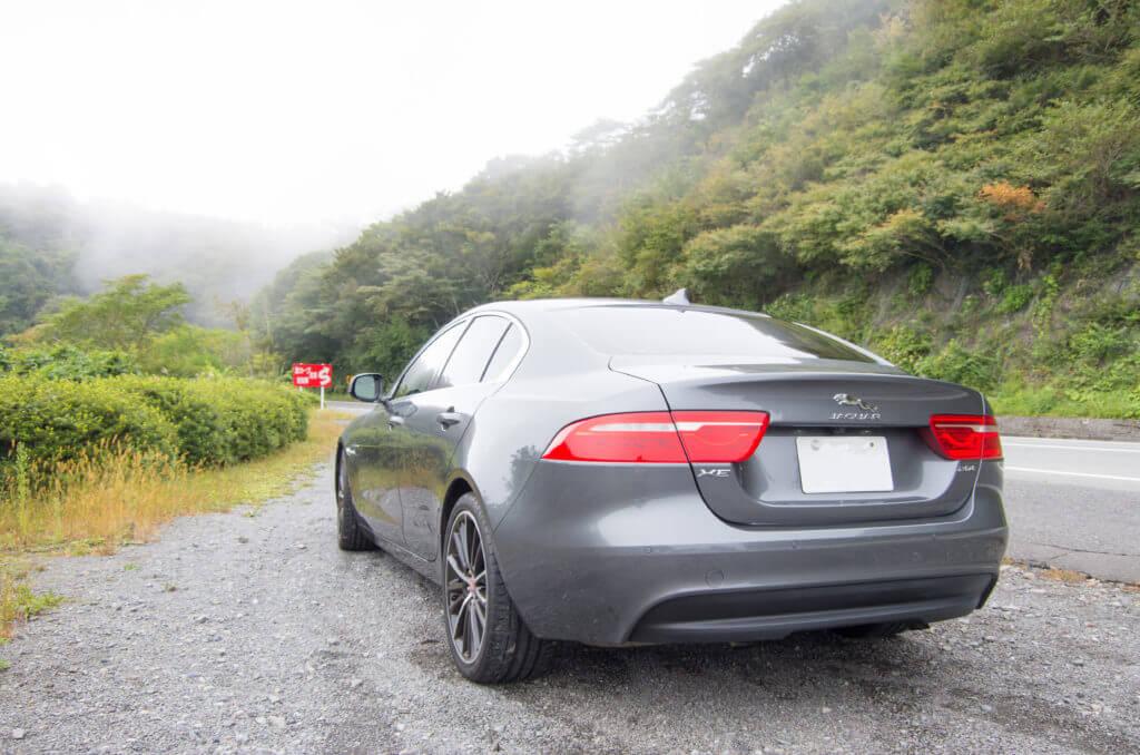 雨もしたたるいい車
